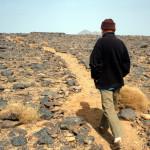Fr. Edouard, petit frère de Jésus, vivant dans l'ermitage du P. de FOUCAULD, sur le plateau de l'Assekrem (Algérie).