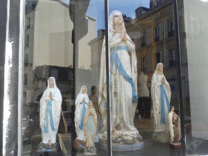 statues_marie