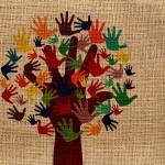 intégration-arbre-mains