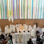 Une nouvelle église aux mille couleurs à Montigny-lès-Cormeilles, dans le diocèse de Créteil.
