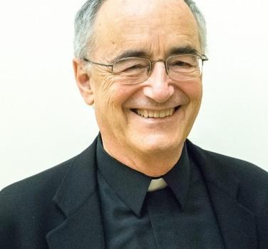Michael Czerny, SJ, sous-secrétaire de la Section Migrants et Réfugiés.
